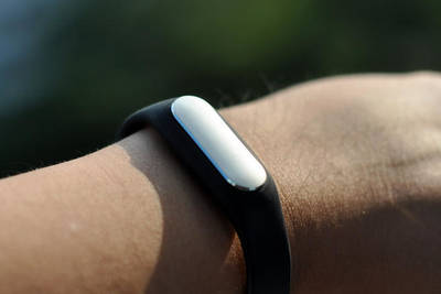 Браслеты Xiaomi Mi Band разошлись в количестве 6 млн устройств