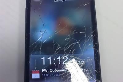 Профессор физики вывел формулу падающего смартфона