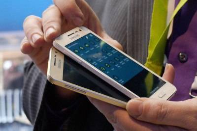 Samsung Galaxy A3 и A5 второго поколения смогут поддерживать Samsung Pay
