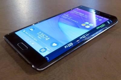 Стали известны сроки выпуска Lollipop апдейтов для Samsung Galaxy Note Edge и Galaxy Alpha