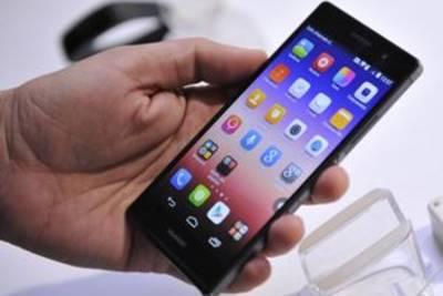 В 2015 году динамика роста продаж смартфонов снизится наполовину