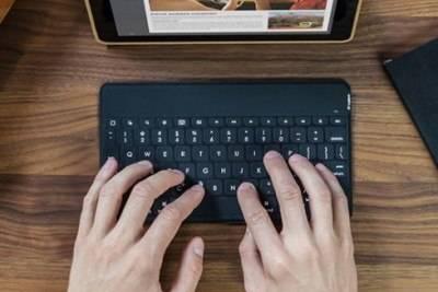 Влагозащищённая клавиатура Logitech Keys-to-Go совместима с Android и Windows