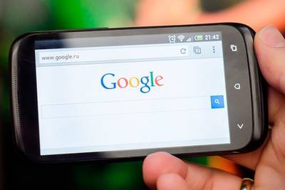 Впервые поиск Google используют чаще на мобильных устройствах