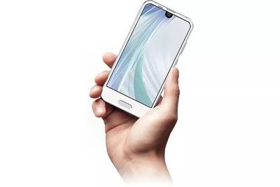 Sharp сделала мини-версию Essential Phone