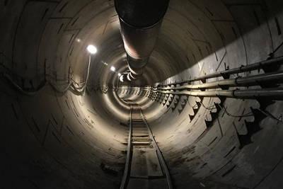 Илон Маск показал первый отрезок тоннеля под Лос-Анджелесом