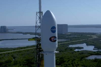 SpaceX успешно вывела новый космический телескоп TESS на орбиту