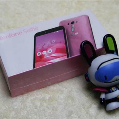 Asus Zenfone Selfie получил специальную версию с 128 ГБ памяти