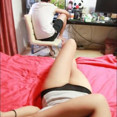 То чувство когда твоя девушка обожает компьютерные и мобильные игры не меньше тебя