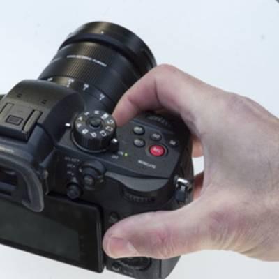 Panasonic GH5s идеально подойдет для любителей снимать видео