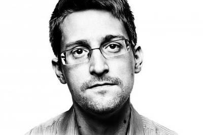 Эдвард Сноуден: Специалисты в Великобритании умеют взламывать смартфоны при помощи зашифрованного текстового сообщения.