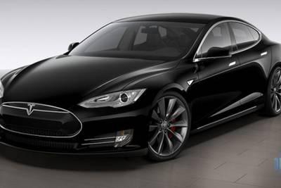 Элон Маск не верит, что хакер Геохот смог создать беспилотный автомобиль всего за месяц.