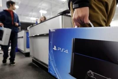 Глобальные продажи Sony PlayStation 4 превысили 25 млн, что больше чем у Microsoft и Nintendo вместе взятых.