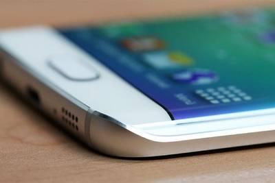 Операторы сообщают о слабых продажах Galaxy S6 на родине Samsung