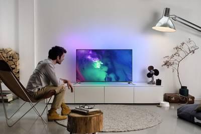 В России начались продажи навороченных телевизоров Philips серии 9100 с операционной системой Android