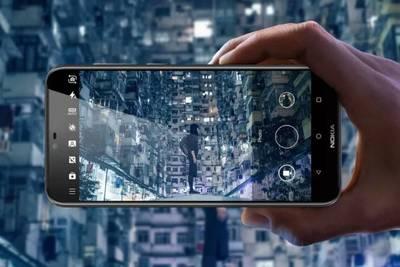 Nokia представляет первый телефон с надрезом - X6
