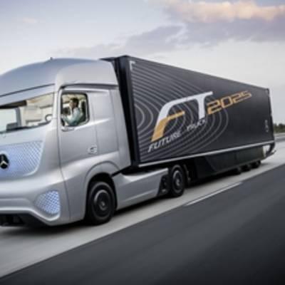 Компания Mercedes создала самоуправляемый грузовик будущего