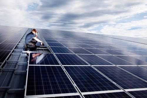 Элон Маск хочет сделать солнечную энергию «модной»: и это умный ход